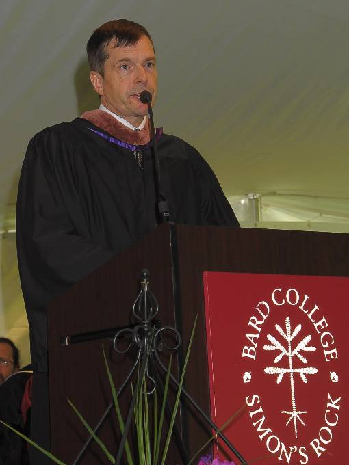 Henry Alford giving commencement address